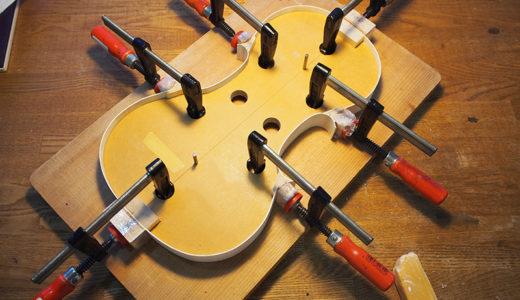 ヴァイオリン製作 横板 接着