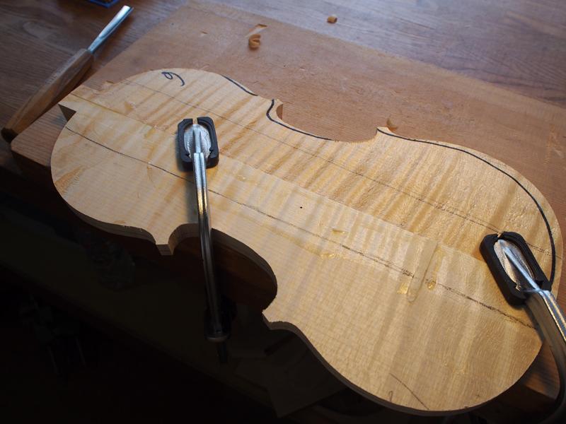 ヴァイオリン製作 アーチ製作
