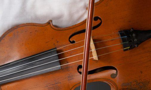 大人から始めるヴァイオリンは「民族音楽」を選ぼう