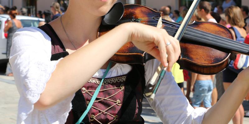 ヴァイオリン 民族音楽