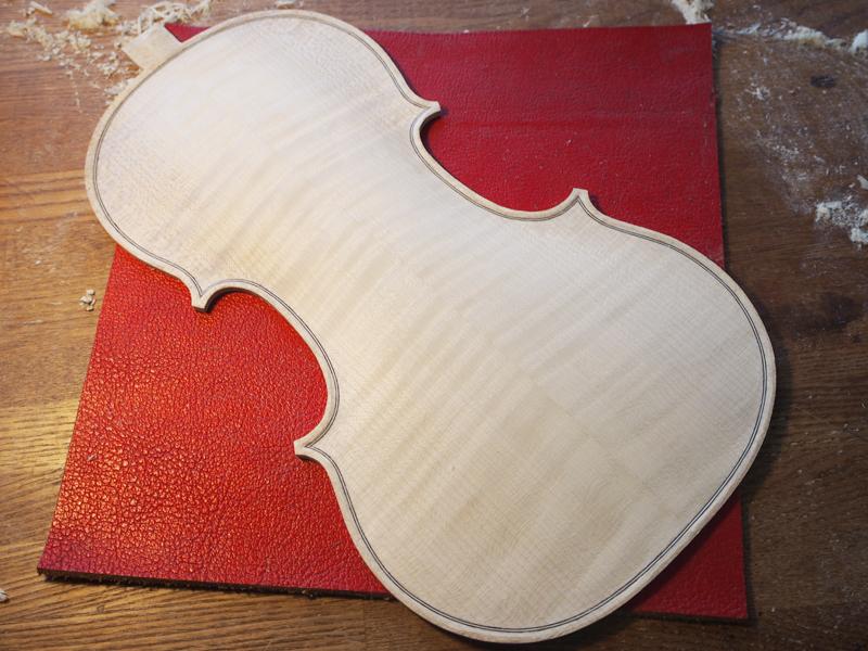 ヴァイオリン アーチ仕上げ