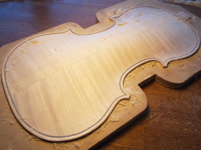 ヴァイオリン製作 アーチ スクレーパー