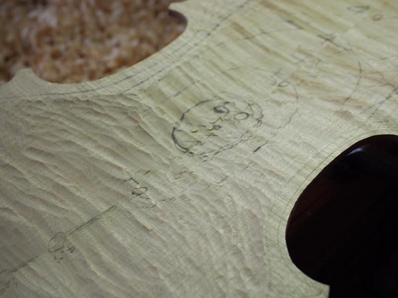 ヴァイオリン製作 裏板 内側