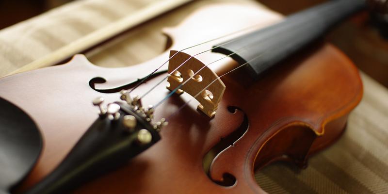 ヴァイオリンは誰が最初につくったの?