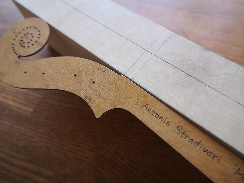 【ヴァイオリン製作】ネックの作り方1  テンプレートの下書き