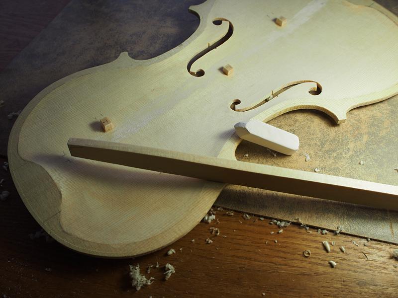 ヴァイオリン バスバー