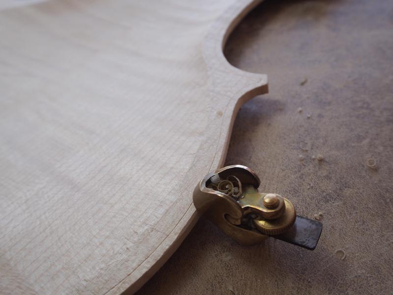 ヴァイオリン 接着準備
