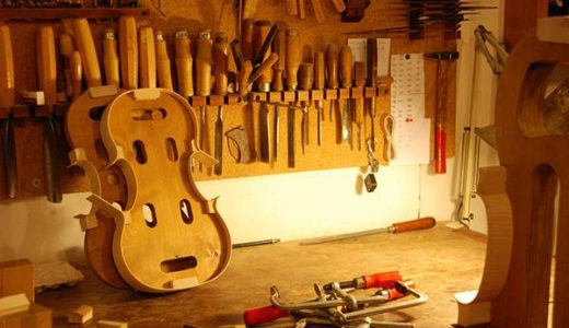 ヴァイオリン工房