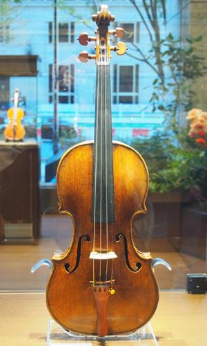 ジュゼッペ・ガルネリ・デルジェス 1730年製