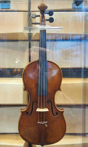 カルロ・フェルディナンド・ランドルフィ 1750年製