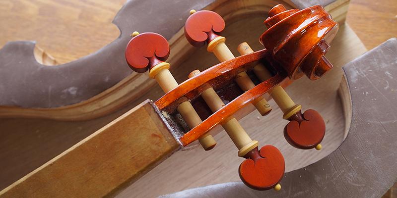 ヴァイオリン製作 ペグ調整