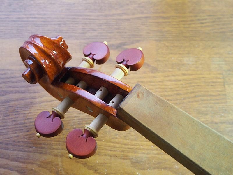 ヴァイオリン製作 ペグ