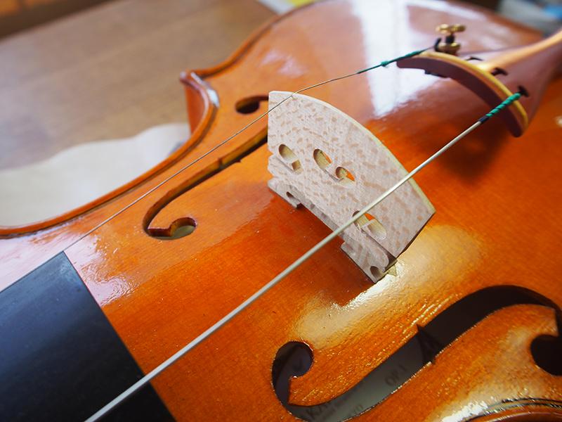 ヴァイオリン製作 テールピース