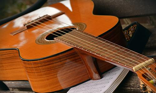 アコーステイックギター