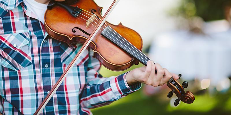 ヴァイオリン フィドル 習い始めました