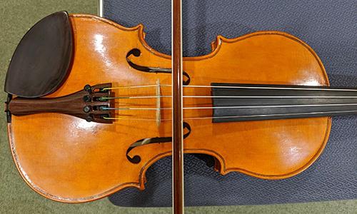 ヴァイオリン 弓の位置