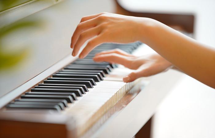 大人 ピアノ 趣味